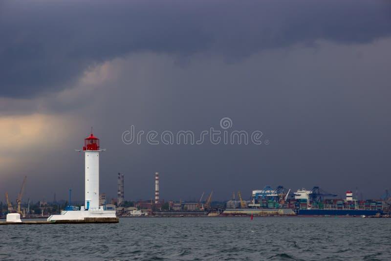 zaczyna burzę Vorontsov latarnia morska w Odessa, Ukraina zdjęcia royalty free