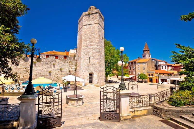 Zadar πέντε τετραγωνική και ιστορική άποψη αρχιτεκτονικής φρεατίων στοκ εικόνες