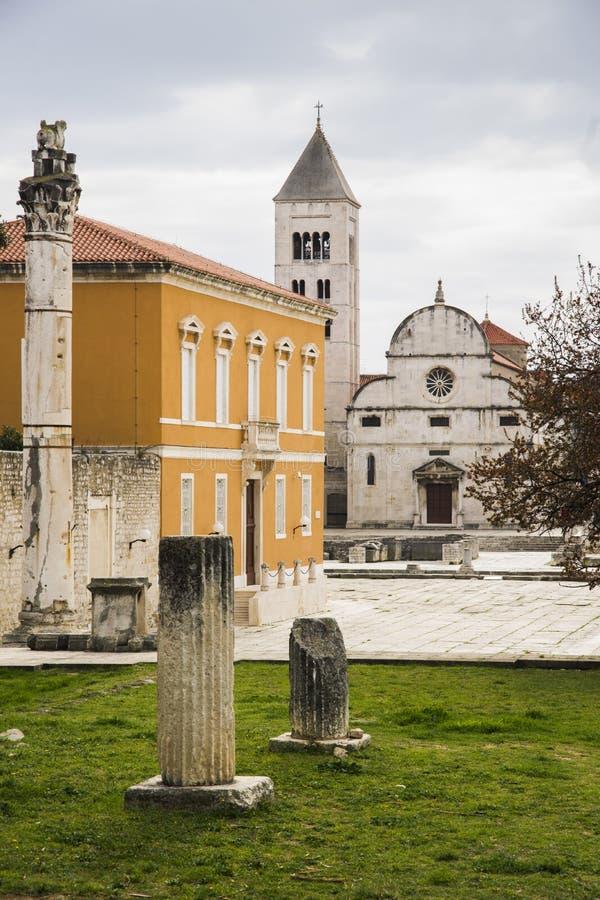 Zadar, Croazia, marzo 11,2019: vista del forum fotografia stock libera da diritti