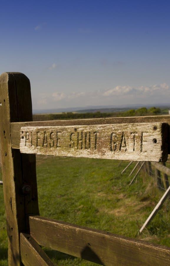 ` Zadawala zamyka bramy `, widok w kierunku Dartmoor, Devon obrazy royalty free