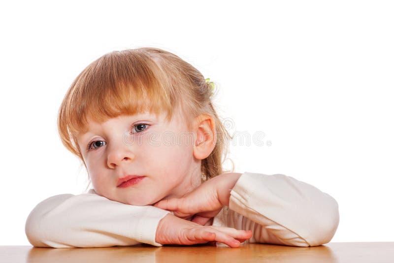 Zadumana mała dziewczynka obrazy royalty free