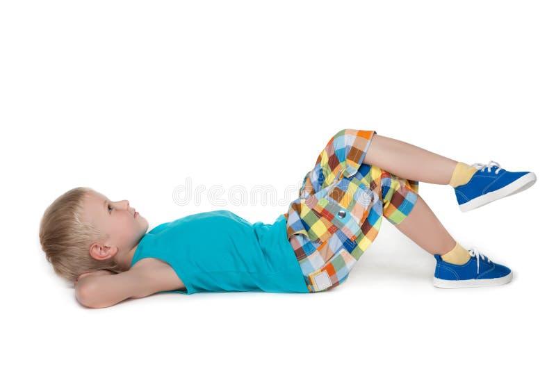 Download Zadumany Chłopiec Odpoczywać Obraz Stock - Obraz złożonej z dzieciństwo, przystojny: 41951355
