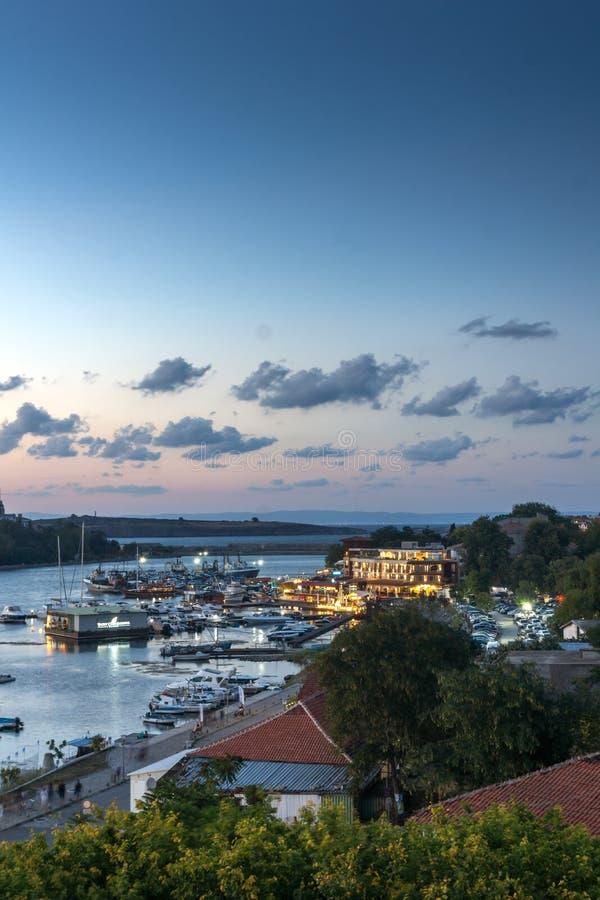 Zadziwiająca nocy panorama port Sozopol, Burgas region, Bułgaria obrazy stock