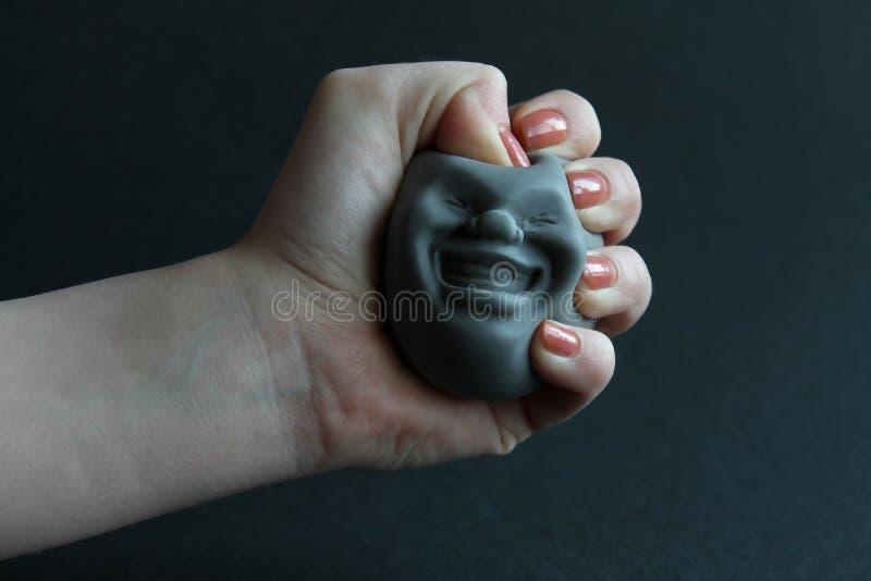 Zadziwiająca zabawa krzemu zabawka antistress w ręce Zabawka dla rozwoju ręka silnik obrazy royalty free