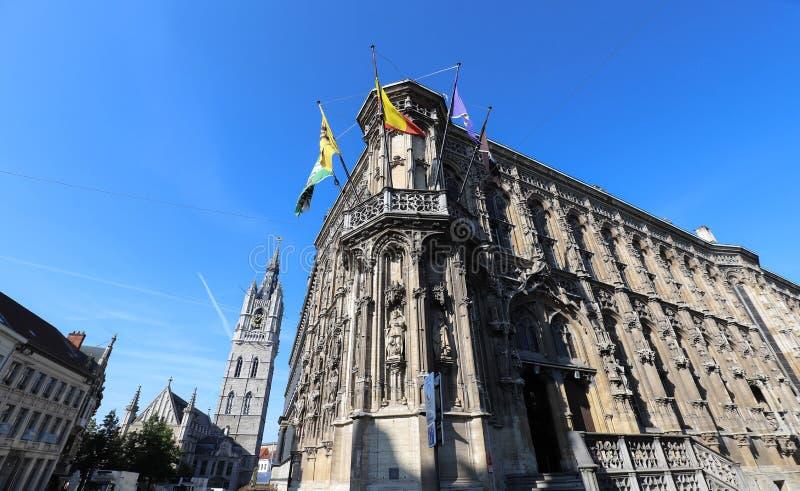 Zadziwiający średniowieczny budynek urząd miasta w Ghent, Belgia Ja jest jeden popularny punkt w mie?cie obrazy royalty free