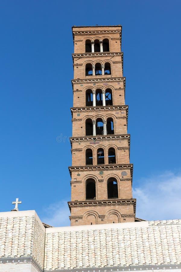 Zadziwiający widok kościół Santa Maria w Cosmedin w mieście Rzym, Włochy obrazy stock