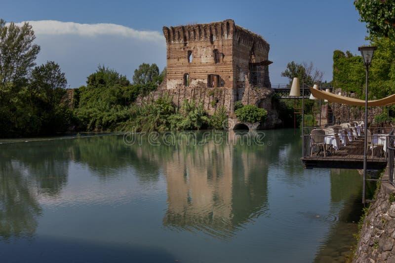Zadziwiający wioski Borghetto Sul Mincio†, Włochy obraz royalty free