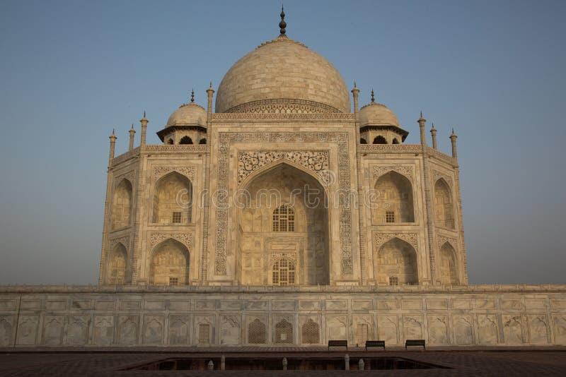 Zadziwiający wschód słońca przy Taj Mahal fotografia royalty free
