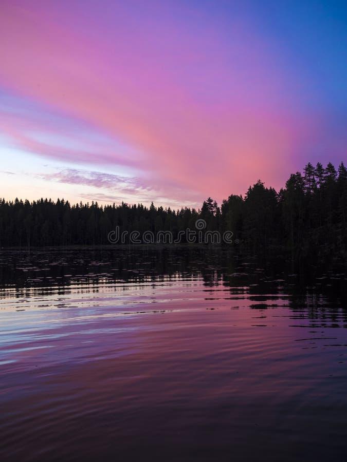 Zadziwiający zmierzchu widok - Lusi, Finlandia obrazy royalty free