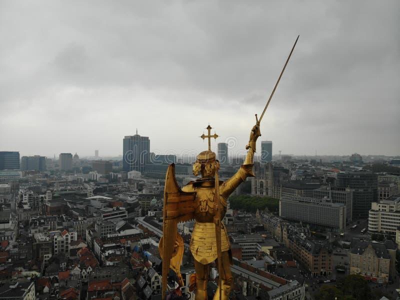 Zadziwiaj?cy widok z g?ry Kapitał Belgia Wielki Bruksela Bardzo turystyczny i dziejowy miejsce Musi widzie? Widok od trutnia obrazy stock