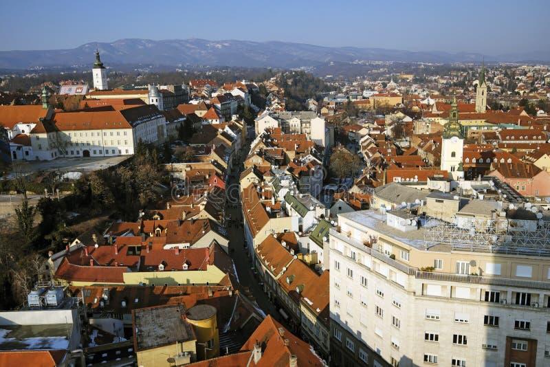 Zagreb övrestad som ses från över royaltyfri bild