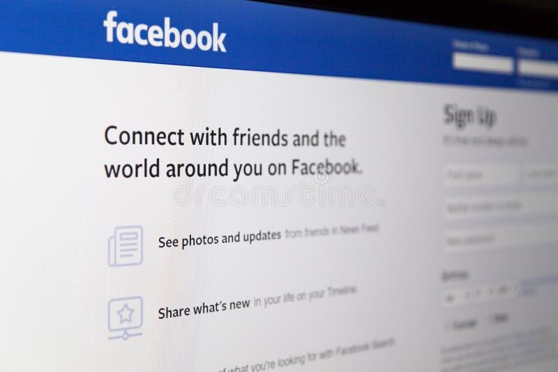 Zagreb Chorwacja, Kwiecień, - 18 2019: Tęsknić na aplikacji sieciowej Facebook na komputerze Facebook jest Amerykańscy online ogó fotografia stock