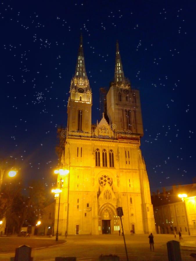 Zagreb domkyrka royaltyfri illustrationer