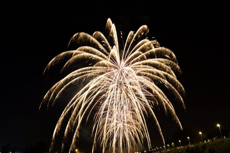 Zagreb, Kroatien - 15. Juni 2019: Großes Feuerwerk während des Festivals in Zagreb, Kroatien lizenzfreie stockfotos