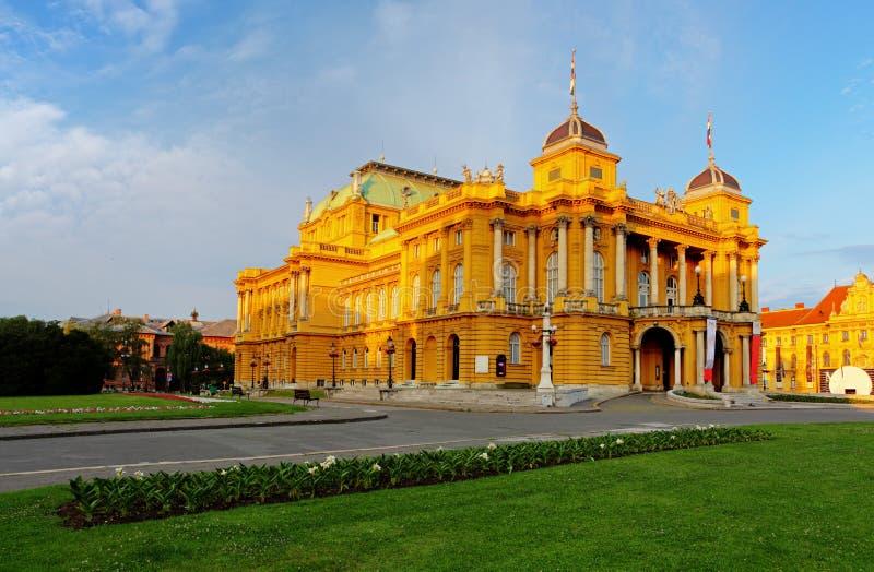 Zagreb - Kroatische Nationale Theate stock foto's