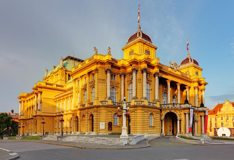 Zagreb - Kroatische Nationale Theate royalty-vrije stock foto's