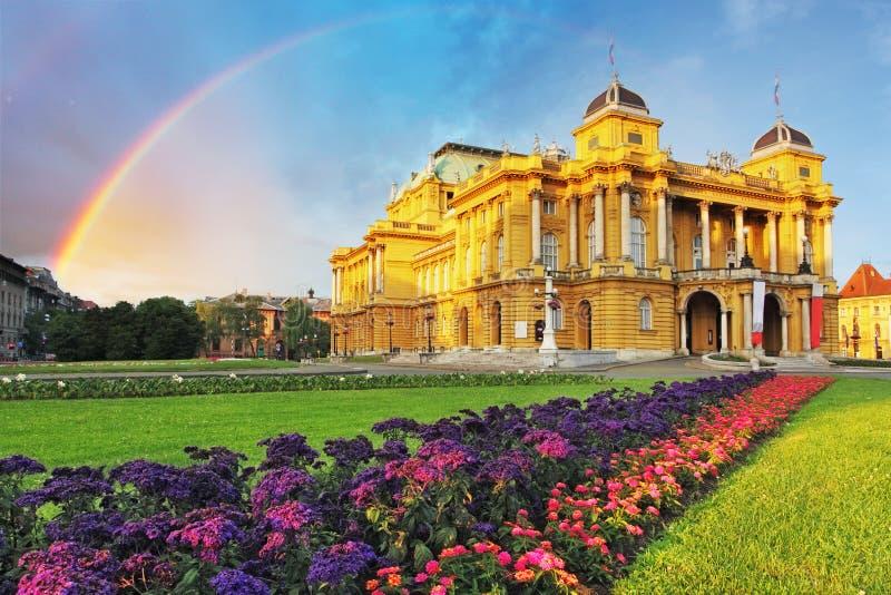 Zagreb - Kroatische Nationale Theate stock foto