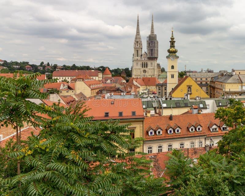 Zagreb lägre stad som beskådad från övrestad royaltyfri foto