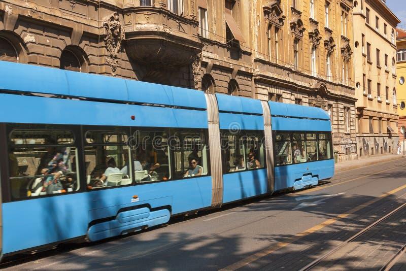 Zagreb stadsgata arkivfoton