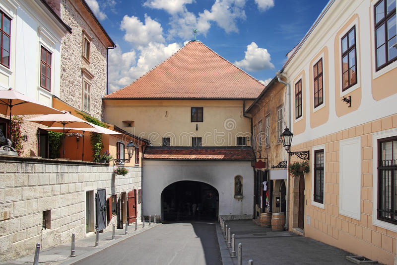 Zagreb stenport royaltyfri fotografi