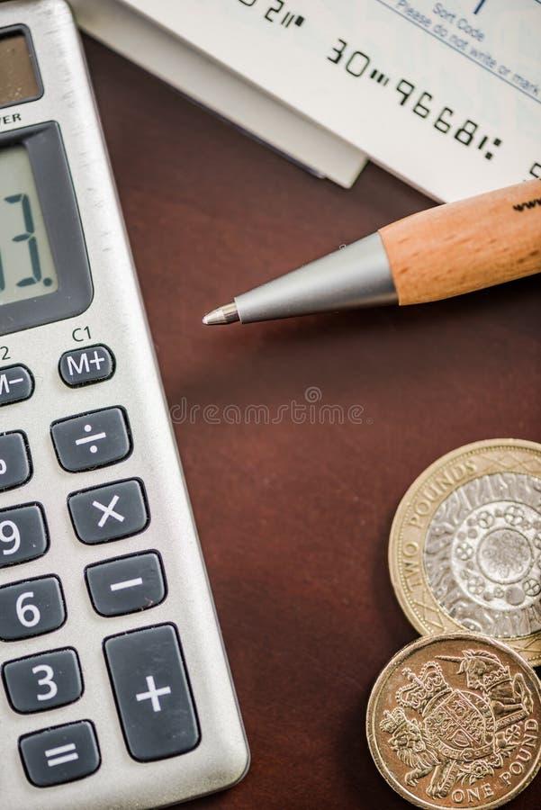 Zahlen des Geld- und Buchhaltungskonzeptes lizenzfreies stockbild