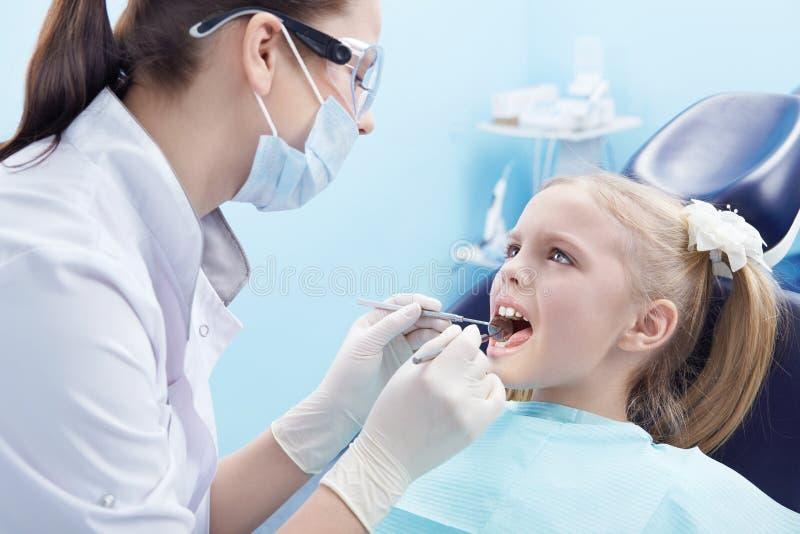 Zahnheilkunde stockfotografie