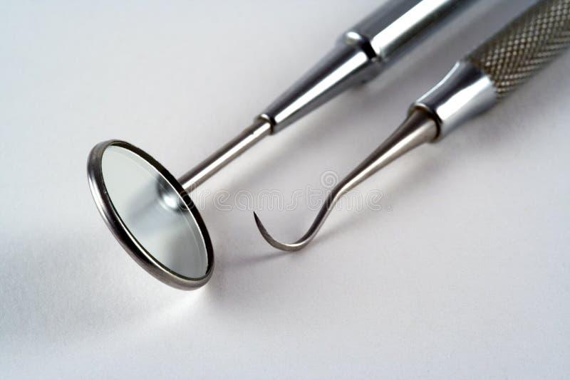 Zahnmedizinische Hilfsmittel lizenzfreie stockfotos