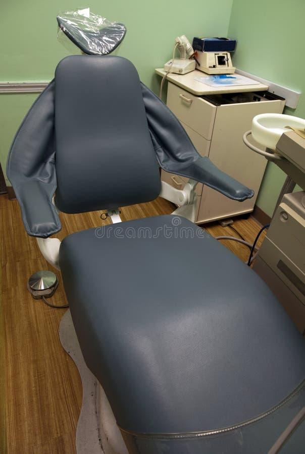 Zahnmedizinischer Prüfungsstuhl stockfotos
