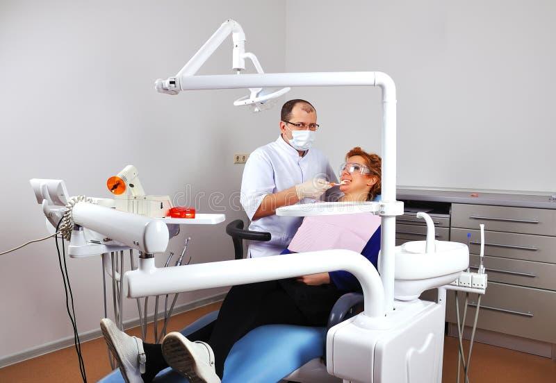Zahnmedizinisches Büro lizenzfreie stockfotografie