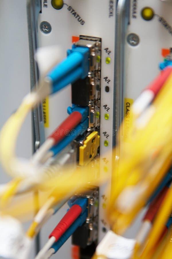 Zahnstangenglasfaseranschlüsse lizenzfreie stockfotografie