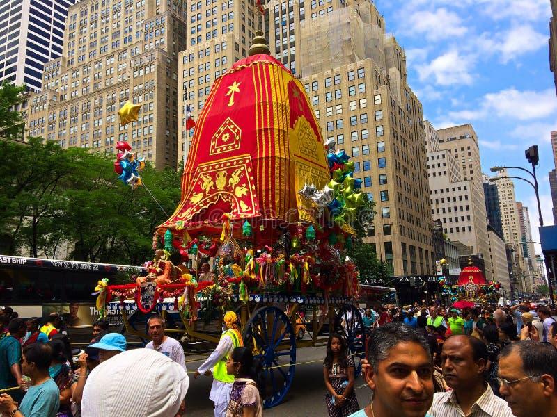 Zajęcza Krishna parada na Fifth Avenue NYC obrazy stock