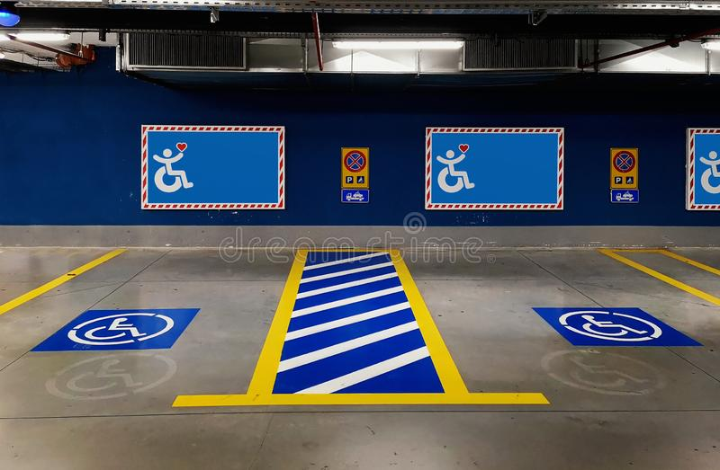 Zakażona przestrzeń parkingowa zdjęcia royalty free