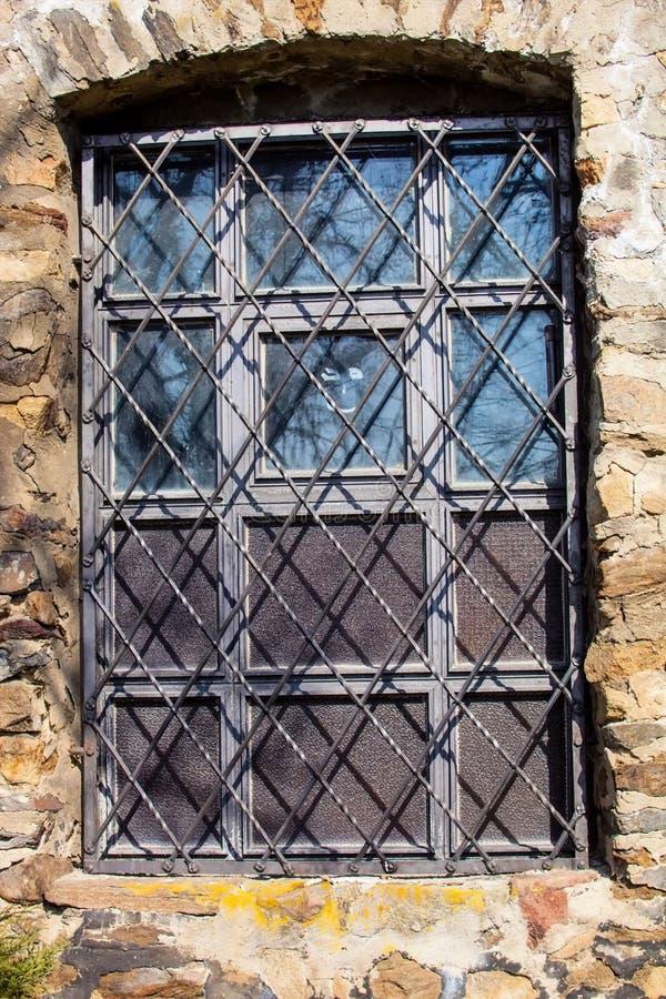 Zakazujący okno w Jihlava ramparts xvii wiek fotografia stock
