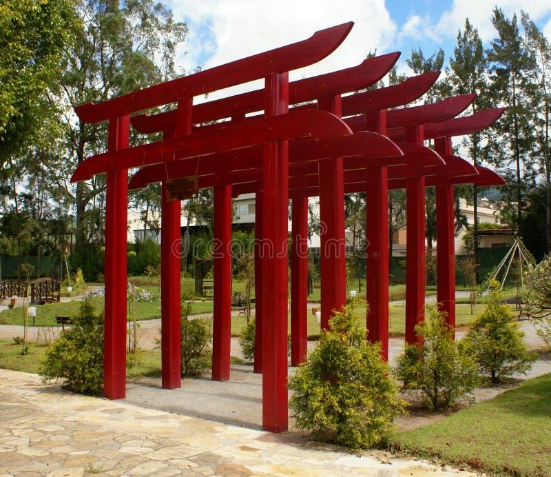 Download Zakazuje torii obraz stock. Obraz złożonej z ogród, kyoto - 20490513