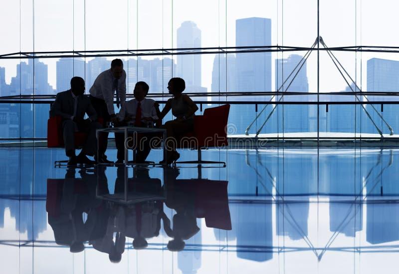 Zaken TeamMeeting in het Bureau royalty-vrije stock afbeeldingen