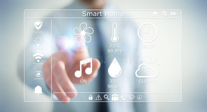 Zakenman die het slimme huis digitale interface 3D teruggeven gebruiken royalty-vrije illustratie