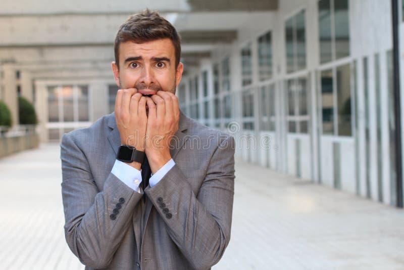 Zakenman die hysterie dicht tonen royalty-vrije stock fotografie