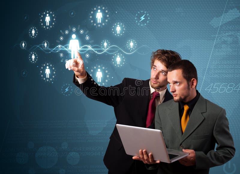 Download Zakenman Die Modern Sociaal Type Van Pictogrammen Drukken Stock Afbeelding - Afbeelding bestaande uit zakenman, verbind: 39100659