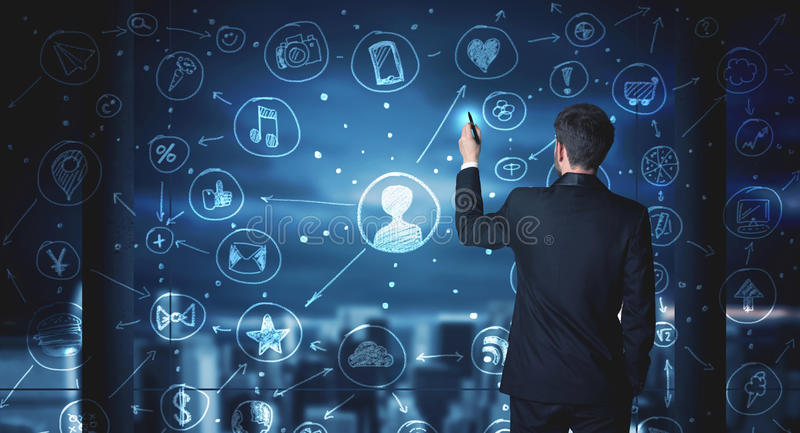 Zakenman die sociale media verbindingsregeling trekken royalty-vrije stock afbeelding