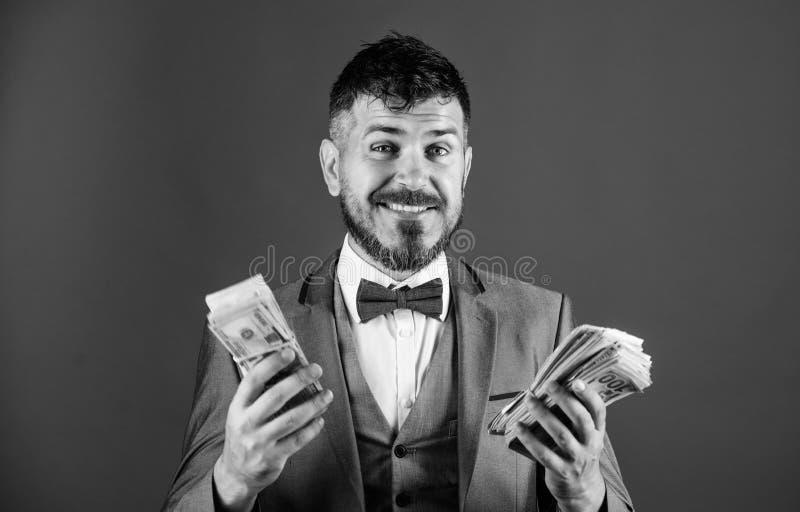 Zakenman geworden contant geldgeld Rijkdom en welzijnsconcept Krijg contant geld gemakkelijk en snel De zaken van de contant geld royalty-vrije stock afbeelding