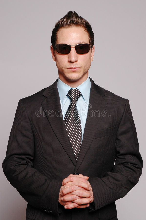 Zakenman met zonnebril stock fotografie