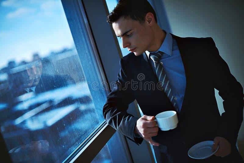 Zakenman op kantoor royalty-vrije stock foto