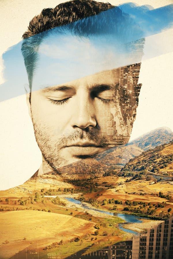 Zakenmanportret op landschapsachtergrond stock afbeelding