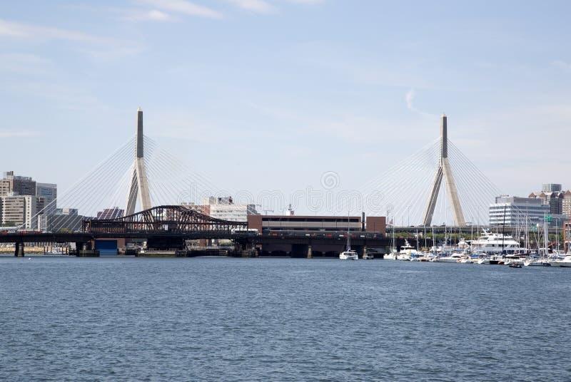 Zakim桥梁在城市波士顿 免版税库存图片