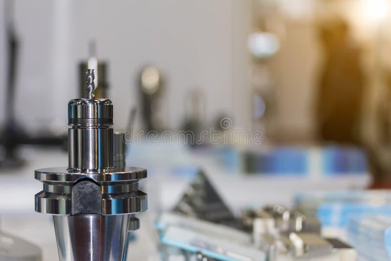 Zakończenie w górę dużej precyzji tnącego narzędzia końcówki młynu krajacza ustawiania w właścicielu dla cnc mielenia lub machini obraz royalty free
