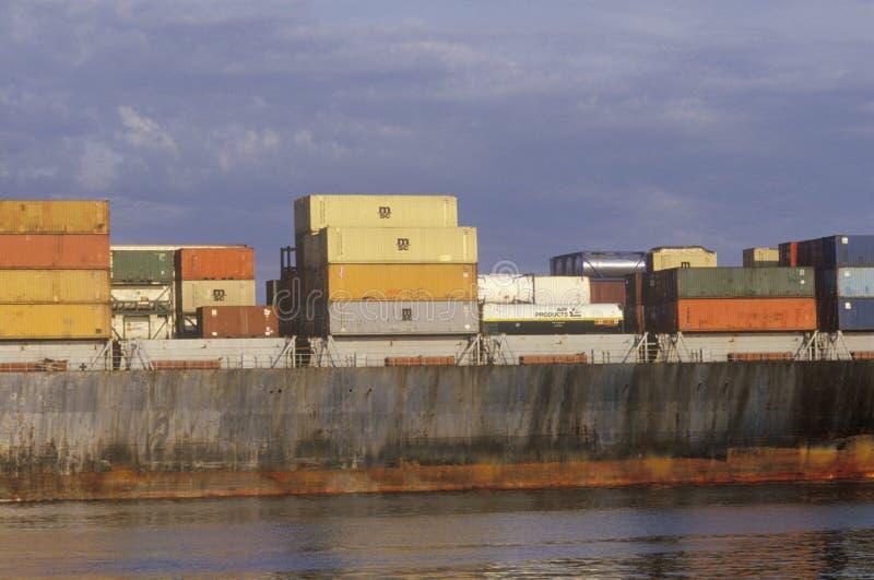 Zakończenie ładunku statek w Boston schronieniu, Massachusetts obrazy stock