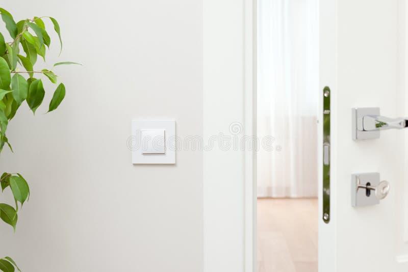 Zakończenie elementy wnętrze mieszkanie Odchylony biały d fotografia stock