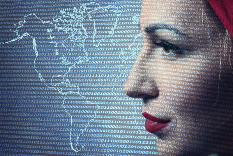 Zakończenie kobiety Digital inwigilacja Technologia zabezpieczeń conc fotografia royalty free