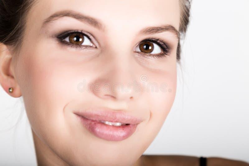 Zakończenie portret młoda kobieta, zaskakiwał obrazy stock