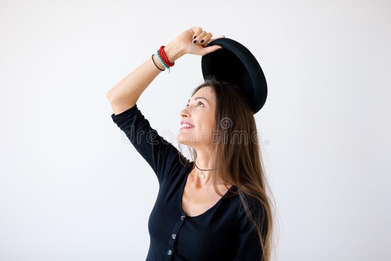 Zakończenie profil rozochocona modniś dziewczyna obraz royalty free